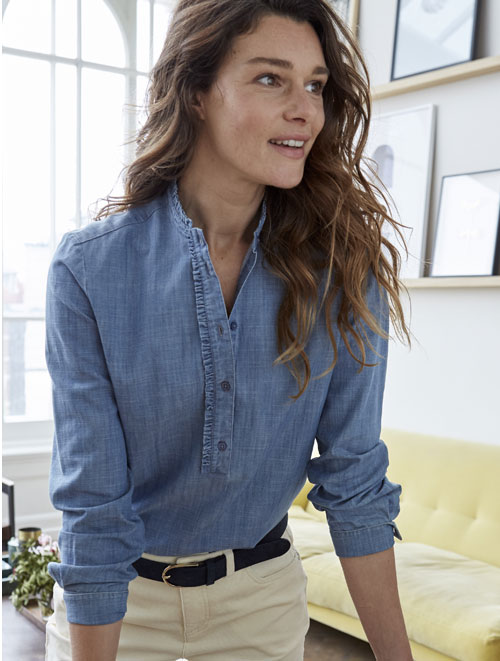 Blouse col froufrous