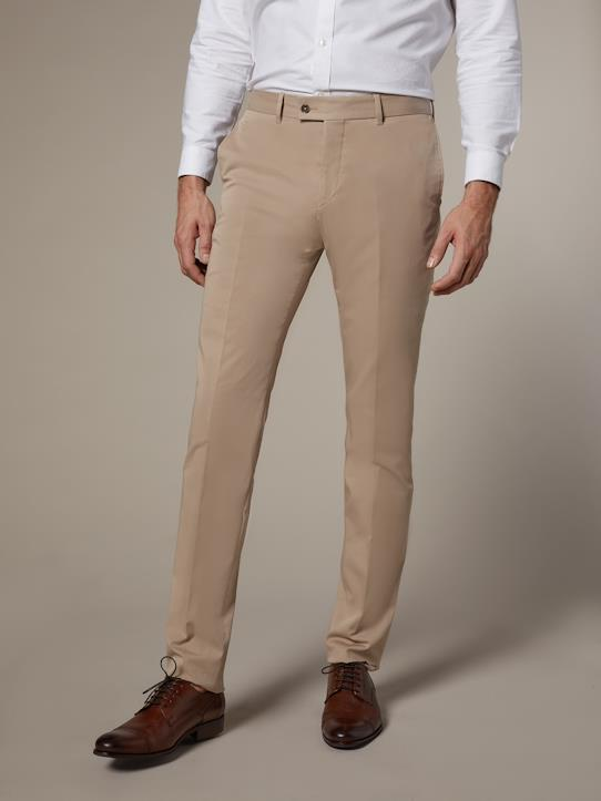 La Collection Printemps-Homme-Pantalon ajusté homme