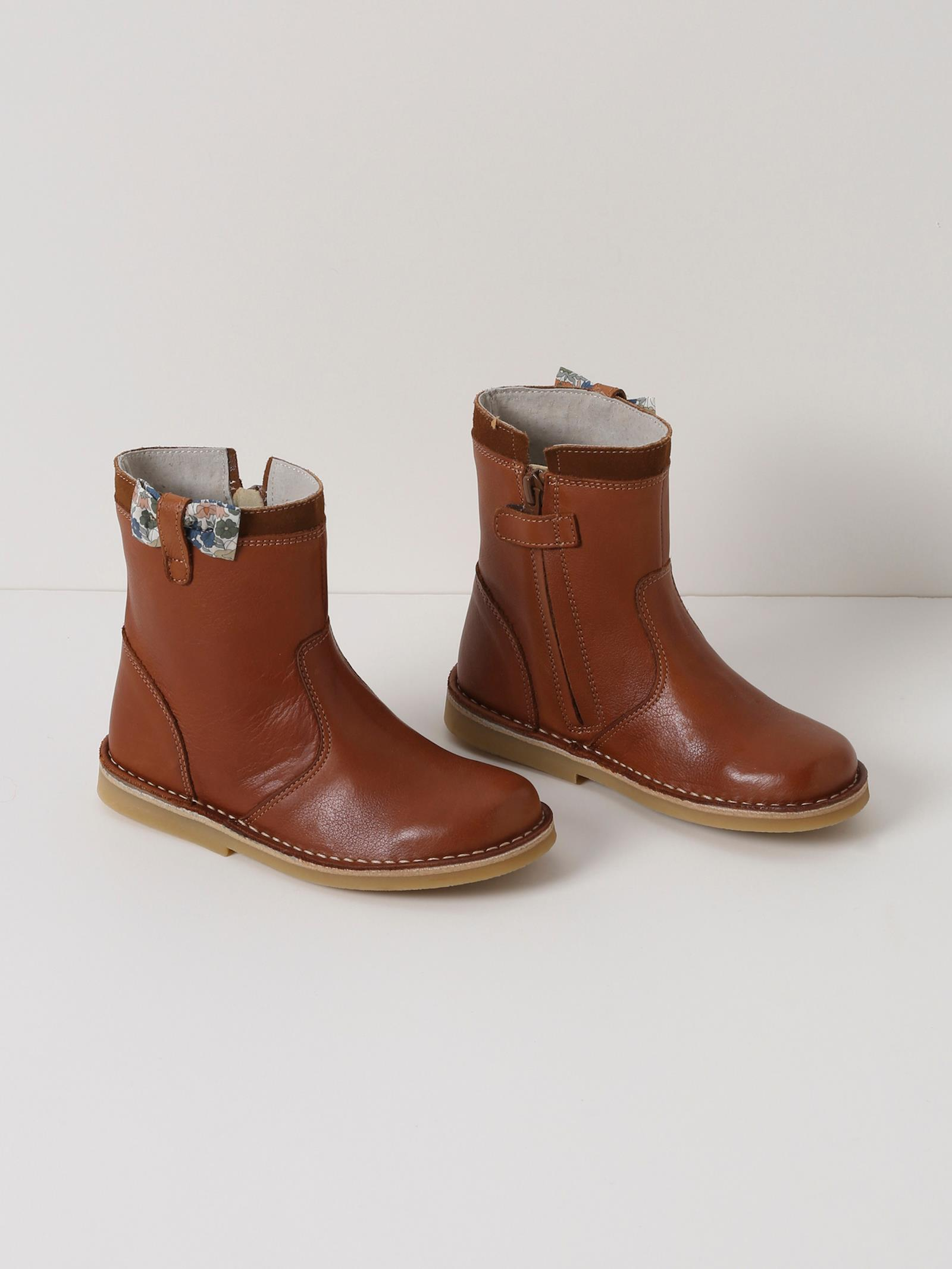 Chaussures fille, baskets fille, sandales, boots, babies
